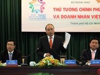 Hình ảnh Thủ tướng Nguyễn Xuân Phúc gặp gỡ đại biểu kiều bào