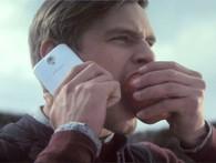 """Samsung: Làm gì tôi cũng lôi Apple vào, thế là chả mấy chốc là """"qua mặt"""" họ thôi!"""