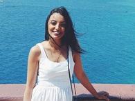 Cô gái Ả Rập rũ bỏ truyền thống khắt khe: Quyết định bỏ việc ngân hàng đi du lịch vòng quanh thế giới