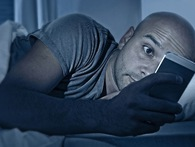 Đây là lý do khiến đêm chủ nhật là thời điểm nhiều người mất ngủ nhất