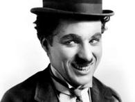 Biểu tượng của nụ cười Charles Chaplin: Khó khăn đến mấy cứ hãy mỉm cười