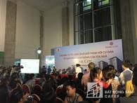 """Chủ đầu tư Văn Phú trả lời chưa thoả đáng, cư dân Home City tiếp tục """"nóng"""" với lối đi của toà nhà"""