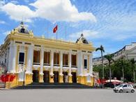 400.000 đồng cho một lượt tham quan Nhà hát lớn Hà Nội kéo dài 90 phút