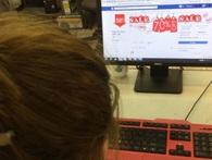 Thu thuế kinh doanh trên facebook có khả thi?