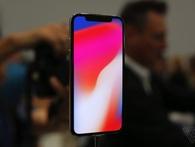Nếu iPhone X bán chạy, người vui mừng nhất sẽ là Samsung