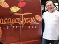 """""""Quý ngài chocolate"""": Kiếm hàng triệu USD vẫn không thích mở rộng kinh doanh và chỉ thuê nhân viên có kỹ năng mình không có"""