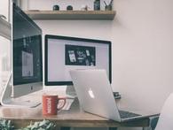 Nếu bạn muốn cảm thấy gắn bó với công việc, hãy cố gắng dành phần lớn thời gian của mình ở... nhà