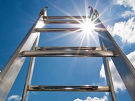 Chuyện tối thứ 4: Muốn thành công, hãy tự dựng cho mình một chiếc thang