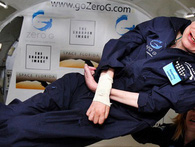 """Stephen Hawking: """"Có nằm mơ tôi cũng không dám nghĩ có ngày mình được bay vào vũ trụ"""""""