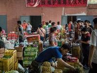 """Trung Quốc muốn bỏ mặc Venezuela """"tự gục ngã""""?"""