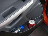 Những thứ 'cấm kỵ' để trên ô tô khi trời nóng