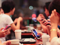 Số người dùng smartphone tăng 1%, GDP Việt Nam sẽ tăng thêm 100 triệu USD vào năm 2020