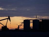 """Dầu mỏ - nhân tố có thể """"tiêu diệt"""" nền kinh tế Mỹ"""
