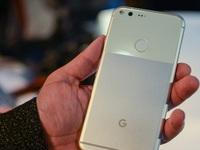Cấu hình chẳng hơn điện thoại Trung Quốc, Google quá ảo tưởng khi tự tin bán Pixel đắt ngang iPhone 7?