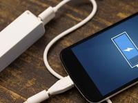 Tưởng đơn giản nhưng đã mấy ai sạc pin smartphone đúng cách?