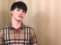 5 bài học thành công từ cậu bé thần đồng 17 tuổi kiếm 30.000 USD mỗi tháng nhờ làm tiếp thị online