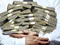 Giới nhà giàu thế giới đang giữ tiền mặt kỷ lục do lo sợ bất ổn kinh tế