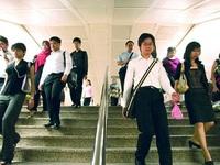 Singapore: Lương cao, suy thoái kinh tế đến gần
