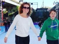 Bà mẹ đơn thân bán hết tài sản đưa con trai 11 tuổi đi khắp thế giới