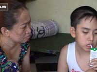 Người mẹ nuôi đứa con 11 năm không ngủ, chỉ uống sữa ở Sài Gòn