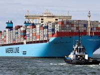 Alibaba đang muốn cho thế giới thấy họ bán tất cả mọi thứ trên đời, kể cả khi đó là một chỗ trên tàu container ngoài biển