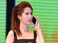 Ngọc Trinh mua sim 0989999999 trị giá 15 tỷ là vi phạm Luật Viễn thông?