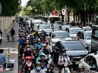 Hình ảnh khác biệt của Sài Gòn giữa ngày thường và Tết