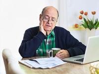 Không phải giới trẻ, chính những người già cả về hưu mới đang là mỏ vàng của giới ngân hàng