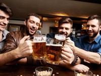 Khoa học đã chứng minh: Đi ăn nhậu cùng nhau giúp đàn ông trở nên thân thiết hơn