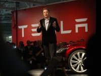 Những sự thật chưa từng tiết lộ về Tesla của thiên tài Elon Musk