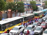 Trời cứ mưa là đường tắc: CSGT Hà Nội nói gì?