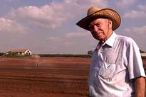 Nhờ trí tuệ của người đàn ông Do Thái này, Israel đã từ một hoang mạc khô cằn thành thiên đường nông nghiệp