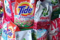 Đây là lý do tại sao lúc nào xem TV bạn cũng thấy quảng cáo bột giặt Omo, Tide hay Aba...