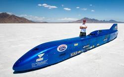 Kỉ lục tốc độ nhanh nhất thế giới vừa bị phá vỡ bởi một chiếc xe 50 năm tuổi, chạy 8km đốt tới 190 lít xăng