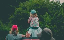 Với những phương pháp này, bố mẹ không cần phải nói đến lần thứ 2, bé sẽ răm rắp nghe lời