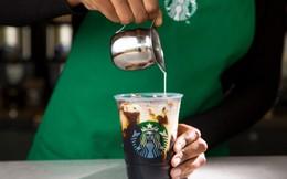 """Quán sau """"ăn thịt"""" quán trước, đuổi khách bằng đồ take-away, Starbucks đã từng đánh mất linh hồn, rồi trở lại """"ngôi vương"""" đầy ngoạn mục như thế nào?"""
