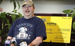 Vừa bị vợ bỏ vì thất nghiệp, người đàn ông này ngay lập tức trúng số 273 triệu USD