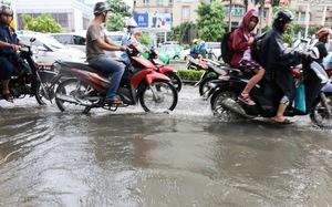 """Cận cảnh """"quái vật"""" thông minh ở Sài Gòn có thể hút sạch nước trên đường ngập chỉ sau 15 phút"""