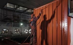 Một thùng sơn đang khiến cả ngành vận tải biển chao đảo từ sau vụ Hanjin như thế nào