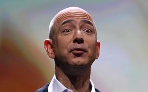 """Ăn sáng bằng bạch tuộc: Jeff Bezos đã bộc lộ chiến lược M&A """"tàn nhẫn"""" tại Amazon"""