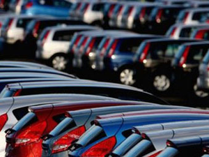 """Thêm 4 doanh nghiệp bị """"sờ gáy"""" vì gian lận nhập khẩu ô tô"""
