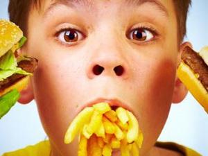 4 loại thực phẩm hại gan: Nhiều người vẫn ăn uống hàng ngày mà không biết