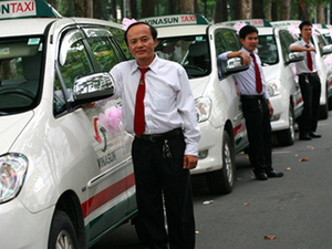Phó TGĐ Vinasun: Uber, Grab muốn đánh sập và tiêu diệt taxi truyền thống