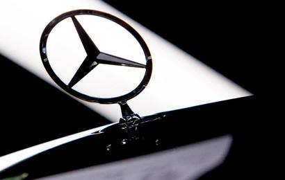Hãng xe Mercedes Benz về tay người Trung Quốc
