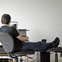 Ngồi làm việc cả ngày, tập thể dục bao nhiêu lâu mới đủ để bù lại?