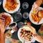 Chuyện công sở: Đừng bao giờ ăn trưa một mình, càng không bao giờ nên ăn nhanh tại bàn, hãy lập team