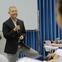 """Giáo sư """"quần đùi"""" Trương Nguyện Thành chia sẻ cách dạy con của ông nội: Giả vờ không biết để được trẻ hướng dẫn, là dạy mà như không dạy!"""