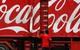 Người Việt Nam uống Coca tẹt ga trong khi người Tây bỏ sang uống nước khoáng và phải đóng thuế nếu mua nước ngọt có ga