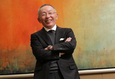 Tỷ phú giàu nhất Nhật Bản: Không thích làm việc cả đời nhưng tuyên bố 70 tuổi từ chức chủ tịch, đến 71 tuổi vẫn 'giữ ghế' - Ảnh 5.