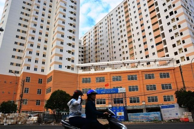 """Thủ tướng chỉ đạo xử lý tình trạng """"lót tay"""" môi giới để mua nhà ở xã hội - Ảnh 1."""